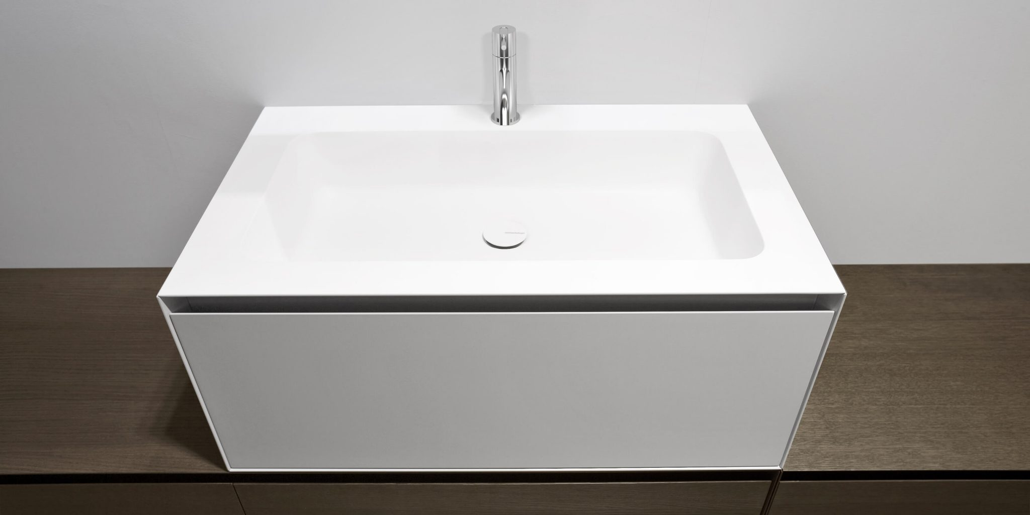 Piano Lavabo In Corian arco – ambient showroom