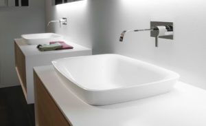 bulbo-sit-on-sink-1