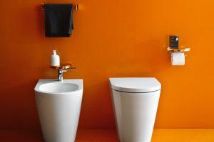 kartell-floorstanding-toilet-and-bidet